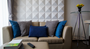 Revestimento holográfico é novidade! Confira a tendência de decoração para paredes