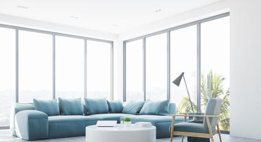 Sofá curvo é tendência para 2018: móvel relembra a atmosfera dos anos 1950, mas chega reinventado