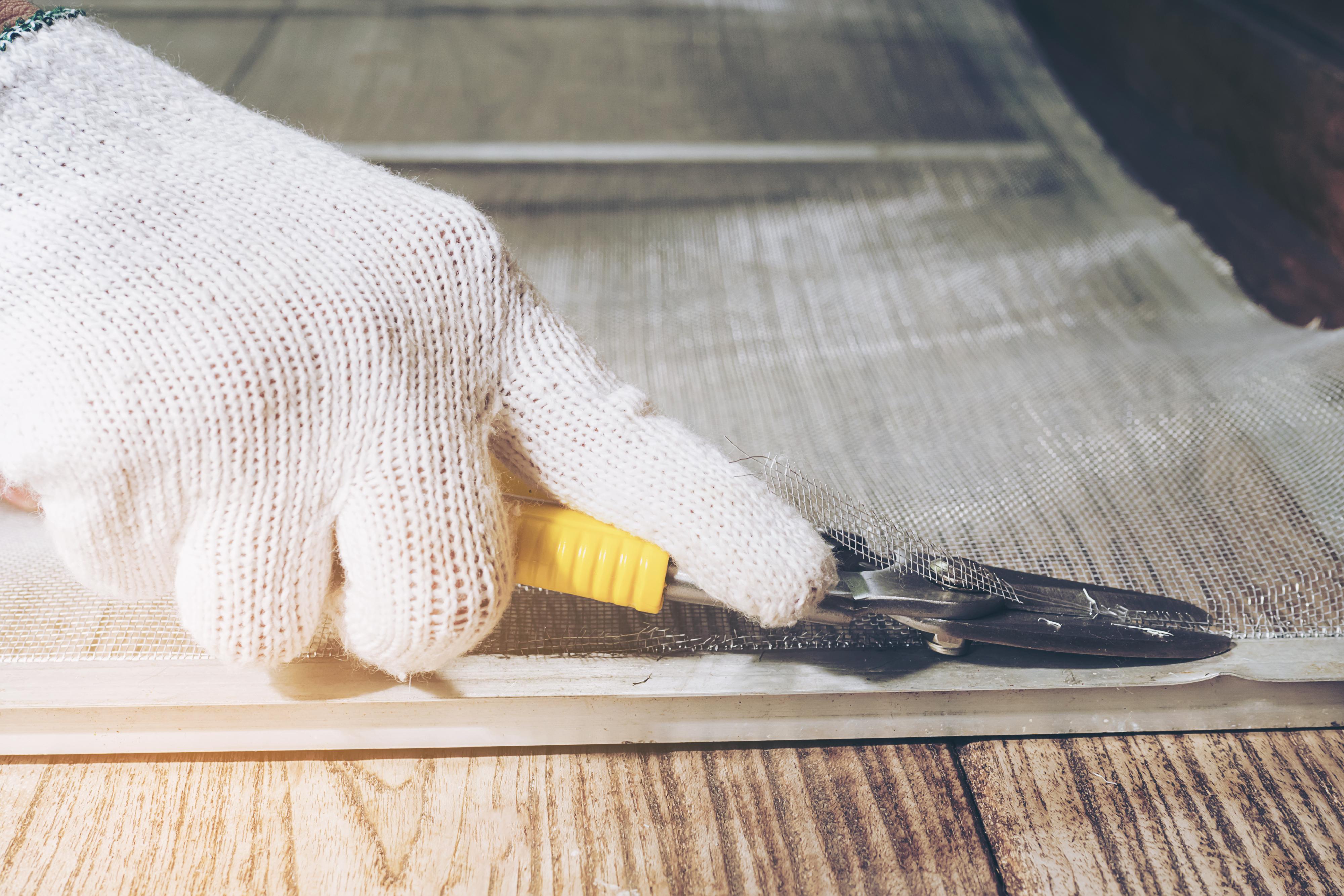 Extremamente Sofre com mosquitos em casa? Aprenda a fazer uma tela mosquiteiro  JZ76