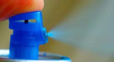 Tinta spray possibilita pintura prática e uniforme