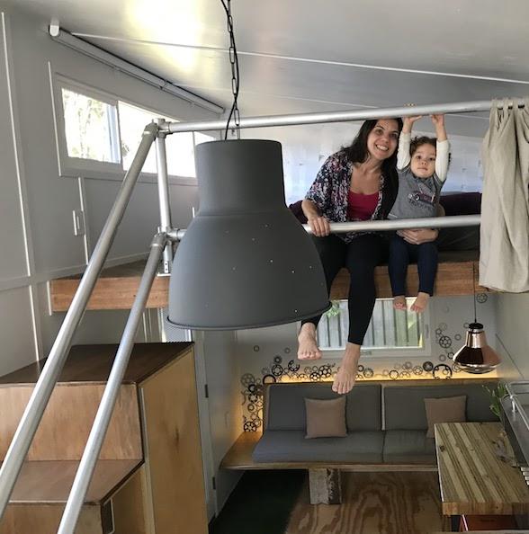 Tiny Houses: esse casal está construindo a primeira do Brasil e busca legalizar a ideia