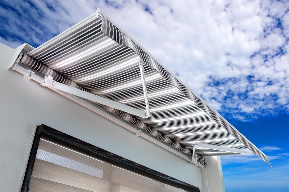 Toldos e pergolados veja os tipos de cobertura para rea - Tipos de toldo ...