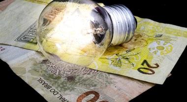 Vamos calcular quantos reais você gastará com as suas lâmpadas?