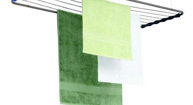 Varal de roupa: 3 ideias criativas de onde instalar em um apartamento com pouco espaço