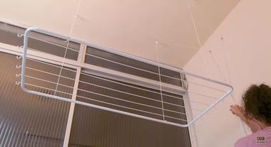 Varal de teto: como instalar em casa com um passo a passo de Paloma Cipriano