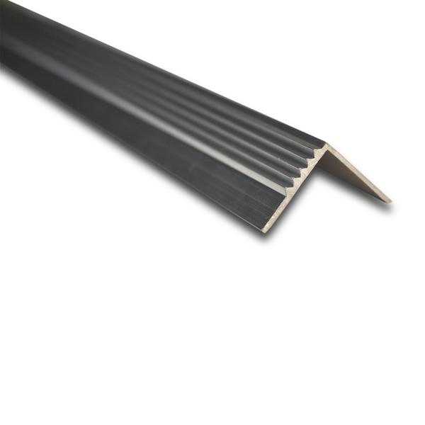 Cantoneira para degrau de escada de sobrepor frisada 3m for Perfil u aluminio leroy merlin