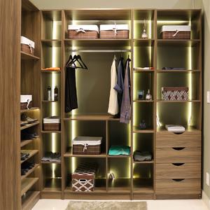 Closet Completo 5 Modulares Nogal 222x309x50cm Spaceo