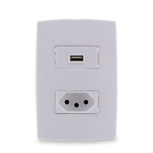 Conjunto de Carregador USB c/ Tomada 2P+T 10A Branco Lexman