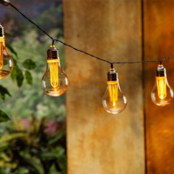 c57868e7b Cordão de Luz LED Taschibra 10 LEDs Bulbo Bivolt