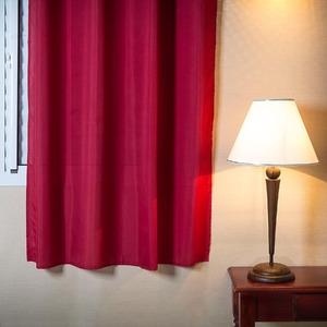 Cortina para Sala/Quarto Stella Vermelha Importada 1,80x1,35m 1 Folha
