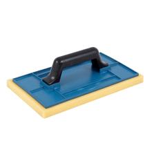 Desempenadeira Plástico com Espuma 17x30cm Momfort