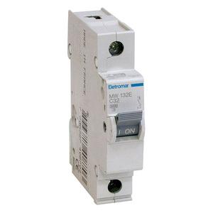 Disjuntor Din Monopolar 220/400V 32A 18x85,10x58,30mm Mw132E Eletromar