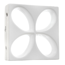 Elemento Vazado Esmaltado Branco Floral 30x30x8,5cm Essenza