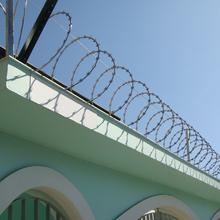 Kit Protetor Muro Espiral Aço Galvanizado Cinza 30x500cm Calha Forte