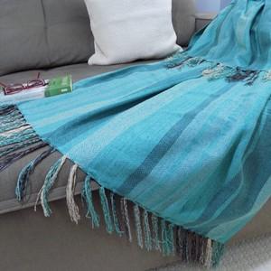 Manta Para Sofá Tiffany Listrada Em Chenille | Leroy Merlin