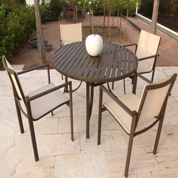 mesa alum nio redonda porto fino marrom 72x120cm leroy merlin. Black Bedroom Furniture Sets. Home Design Ideas