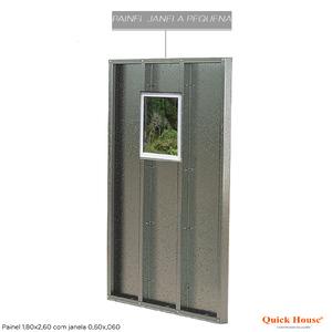 Painél Metalico 1,80x2,60m com Janela 0,60x0,60m Quick House
